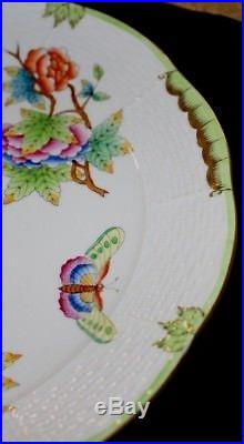 6 Herend Porcelain Queen Victoria 524 / VBO Dinner Plates 9 7/8