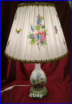 Grosse Original Herend Tischlampe Dekor Queen Victoria Neuwertig