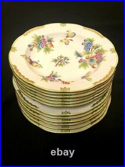 HEREND PORCELAIN HANDPAINTED QUEEN VICTORIA DINNER AND SOUP PLATES (12 pcs.)