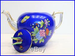 HEREND QUEEN VICTORIA BLUE BACKGROUND TEAPOT, BRAND NEW BOXED, 30fl oz hold