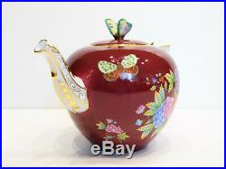 HEREND QUEEN VICTORIA RASPBERRY BACKGROUND TEAPOT, BRAND NEW BOXED, 30fl oz hold