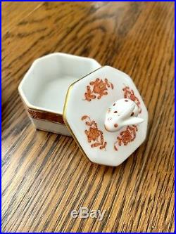 Herend 2 Small Octagonal Queen Victoria Trinket Boxes with Bunny Rabbit Finial