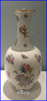Herend Large Queen Victoria Vase