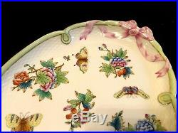 Herend Porcelain Handpainted Queen Victoria Antique Large Serving Platter 1943
