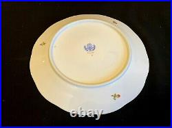 Herend Porcelain Handpainted Queen Victoria Dinner Plates 524/vbo