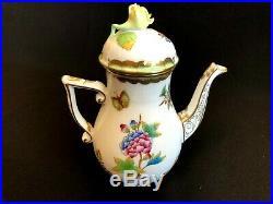 Herend Porcelain Handpainted Queen Victoria Mocha Pot 613/vbo