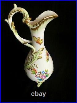 Herend Porcelain Handpainted Queen Victoria Rare Baroque Carafe 7679/vbo