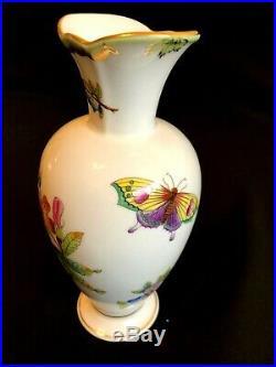 Herend Porcelain Handpainted Queen Victoria Vase 7053/vbo