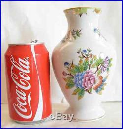 Herend Porcelain Queen Victoria Vase