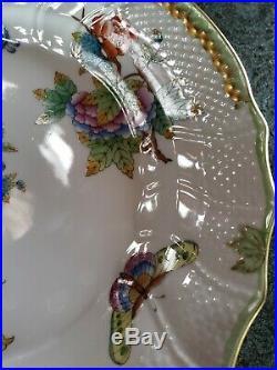 Herend Queen Victoria 10 Dinner Plate Green Border Flowers Butterflies