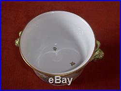 Herend Queen Victoria Cachepot w. Goat Head handles. 4.7 #7284VBO