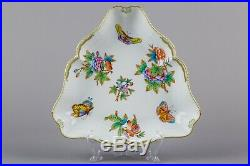 Herend Queen Victoria Dinner Service for Six People, 26 Pieces