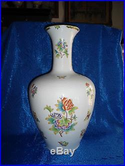 Herend Queen Victoria Giant Vase porcelain