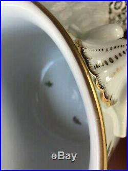 Herend Queen Victoria Large Planter / Cache Pot