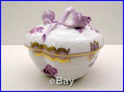 Herend Queen Victoria Lavender Medium Heart Box, Brand New With Original Box