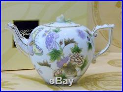 Herend Queen Victoria Royal Garden EVICT1 Flower pattern