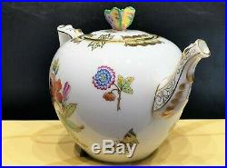 Herend Queen Victoria Tea Pot w. Butterfly Knob 606-0-17 VBO design. Brand New