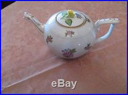 Herend Queen Victoria Teapot With Rose