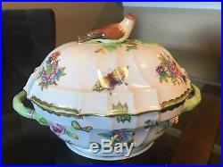 Herend Queen Victoria Tureen With Bird (2 Qt) 9.5H