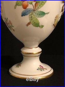 Herend Queen Victoria Urn Vase LID & Finial 13 High, Gold Porcelain, Mint 25%of