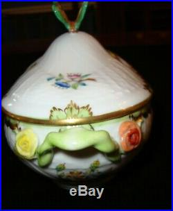 Herend VBO Queen Victoria Small Lidded Tureen