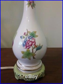 Herend lamp in Queen Victoria Pattern