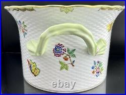 MINT HEREND XL Queen VICTORIA Cachepot Centerpiece Vase With Asparagus Handles