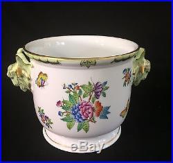 NWT 5.5 Herend Queen Victoria Cache Pot Planter Goat Head Handles 7213-0-41/VBA