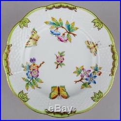 Set of Six Herend Queen Victoria Dessert Plates #516/VBO II