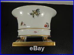 VITAGE Herend Hungary Porcelain vegetables 6456 Claw Footed Urn Vase