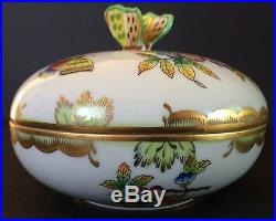 Vintage Herend Queen Victoria Butterfly Finial Lidded Powder Or Trinket Box