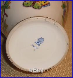Vintage Porcelain Vase HEREND Hungary 71761 Signed Amphora Queen Victoria 361r